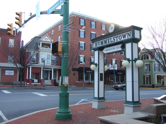 By Jayu from Harrisburg, PA, U.S.A. (Hummelstown, Pennsylvania) [CC BY-SA 2.0 (http://creativecommons.org/licenses/by-sa/2.0)], via Wikimedia Commons